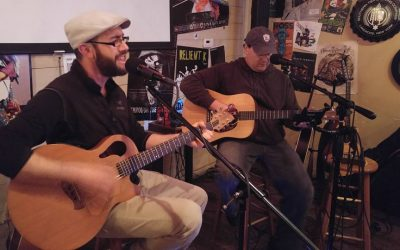 Live Music: Two Guise Acoustic Duo